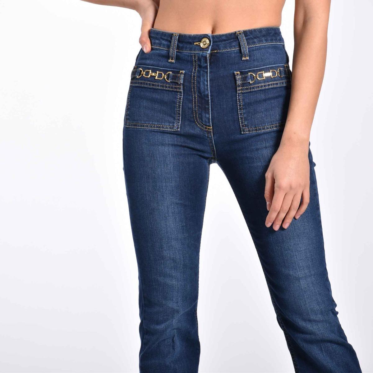 Jeans a trombetta con accessorio- Denim