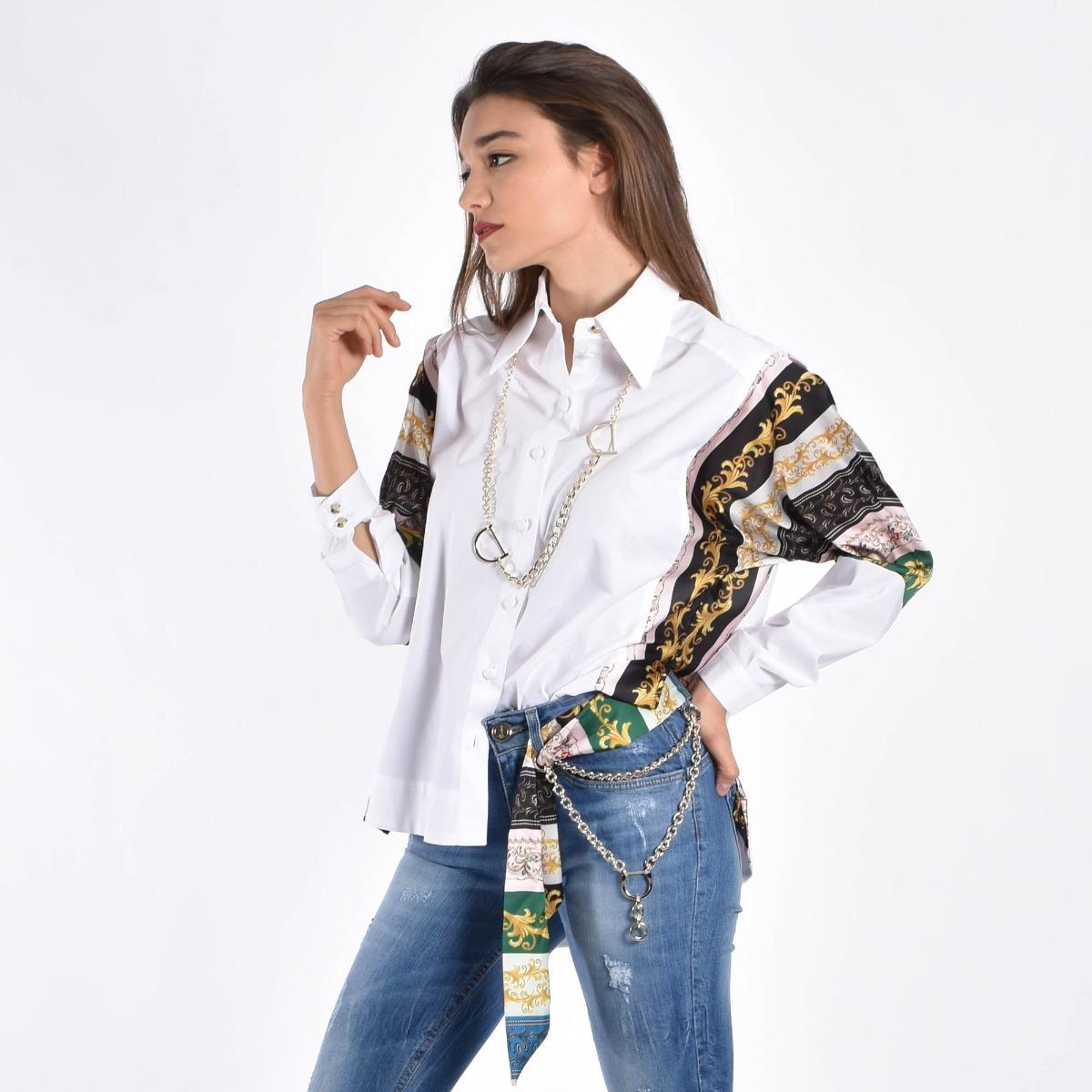 Camicia fantasia con collana- Bianco