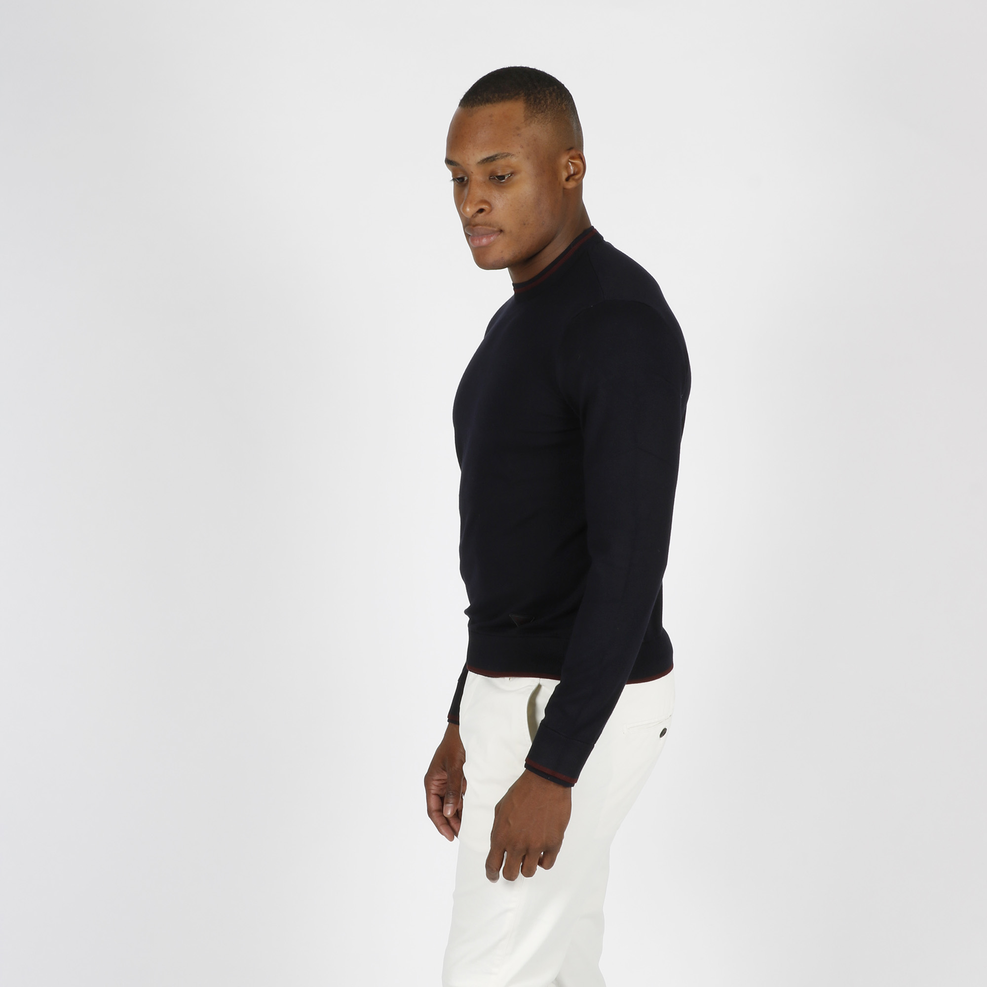 Pullover bordino contrasto e logo - Blu