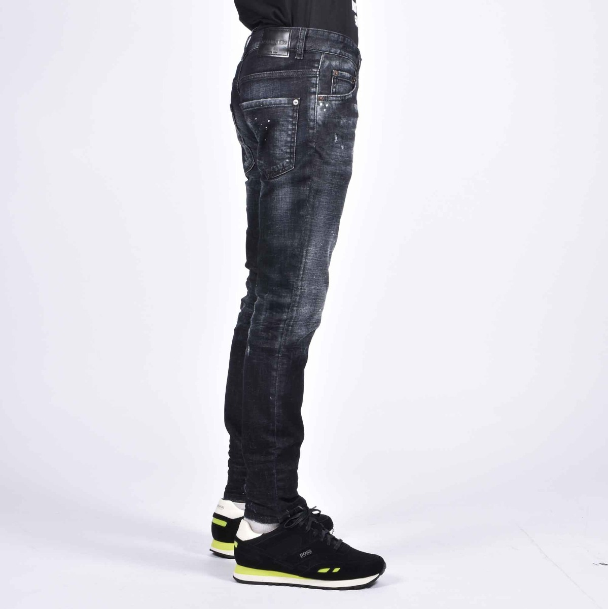 Jeans effetto used- Nero