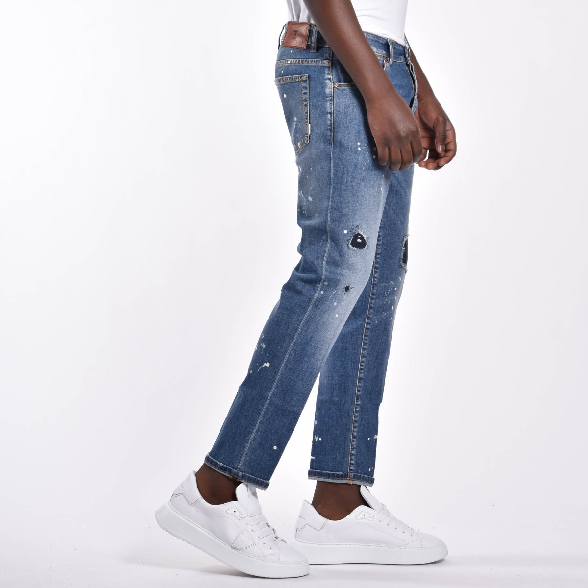 Jeans toppe macchie