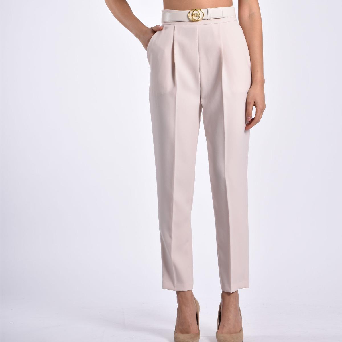 Pantalone con cintura- Calce