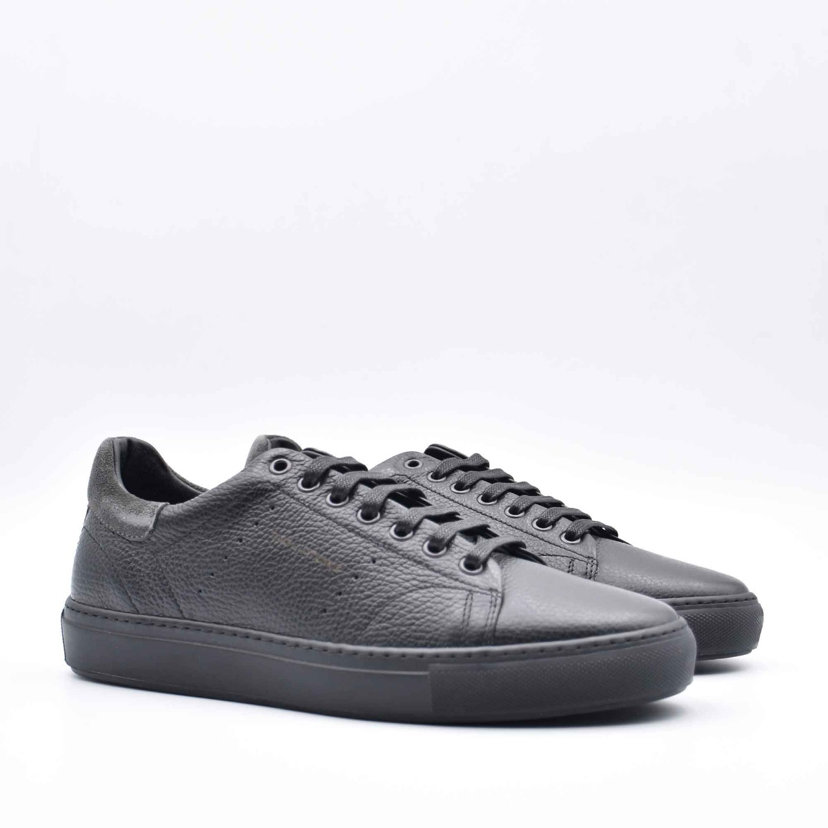 Sneakers pelle martellata- Nero