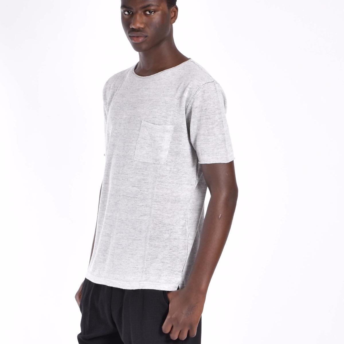 T-shirt con taschino - Grigia