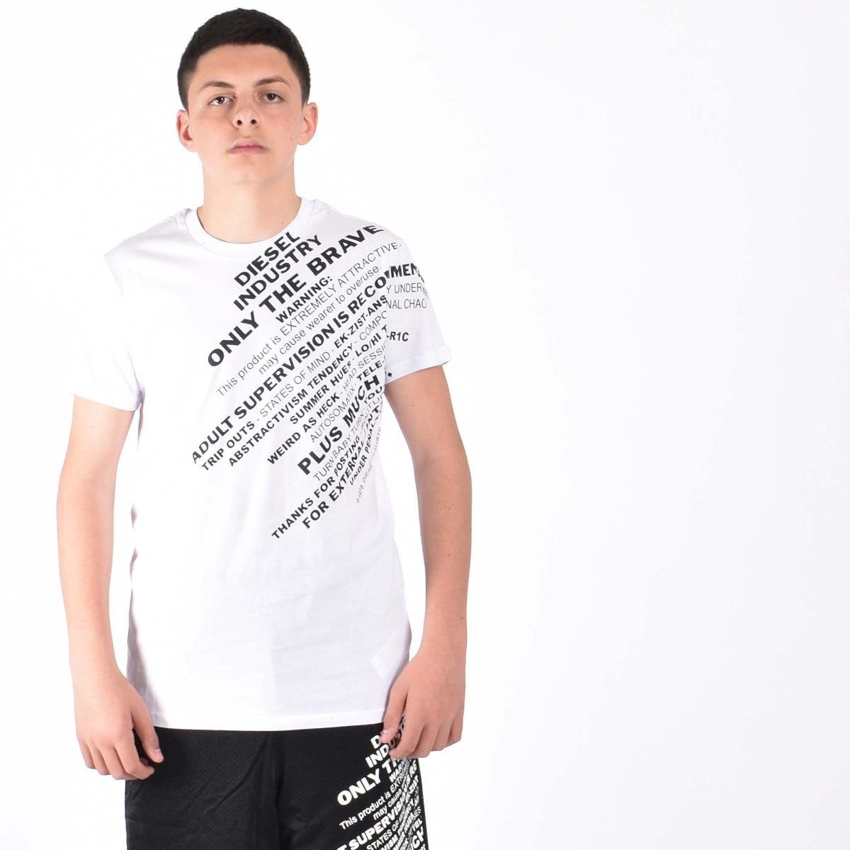 T-shirt con scritte - Bianca