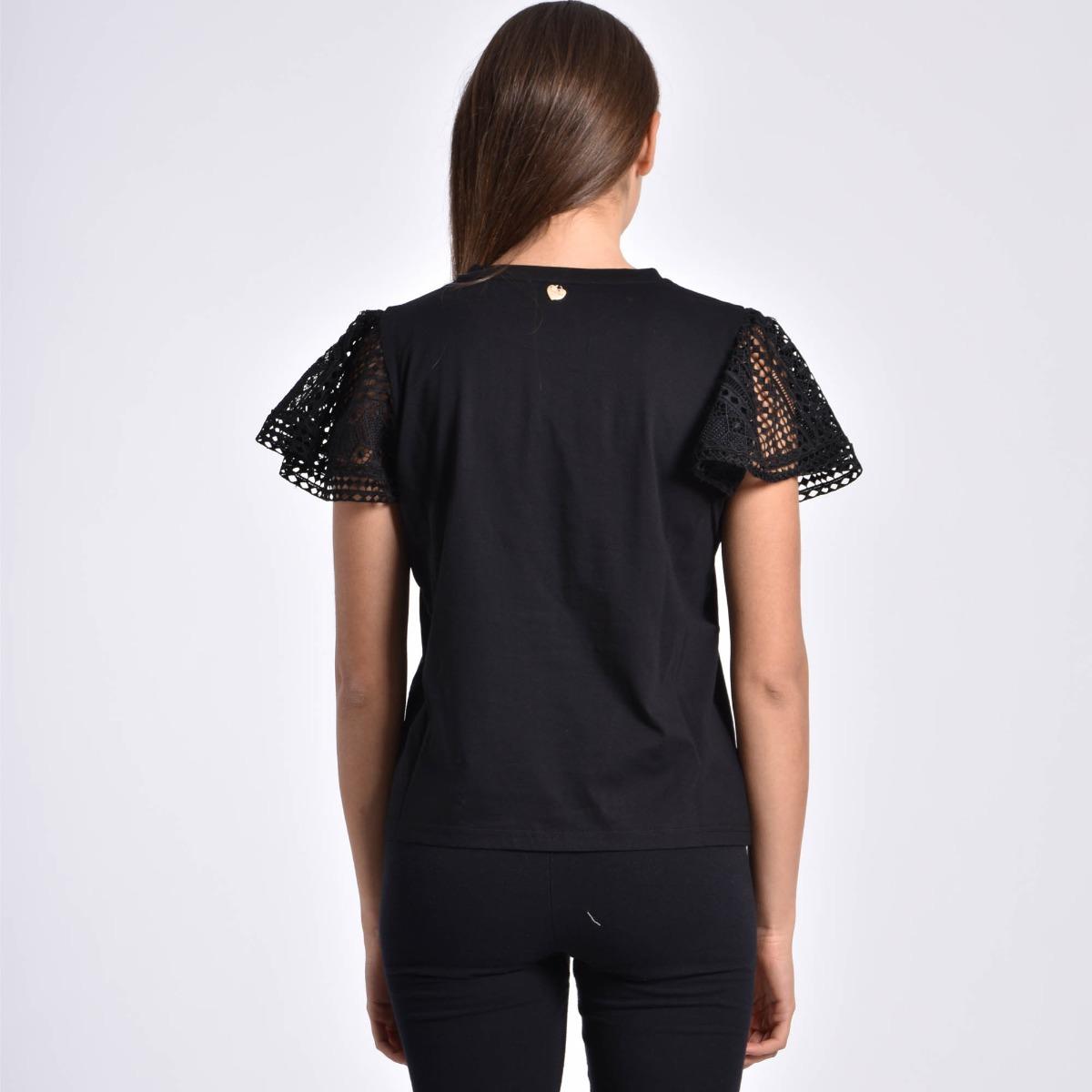 T-shirt con pizzo - Nero